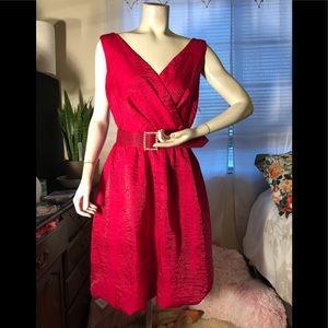 Jessica Howard beautiful beautiful dress.